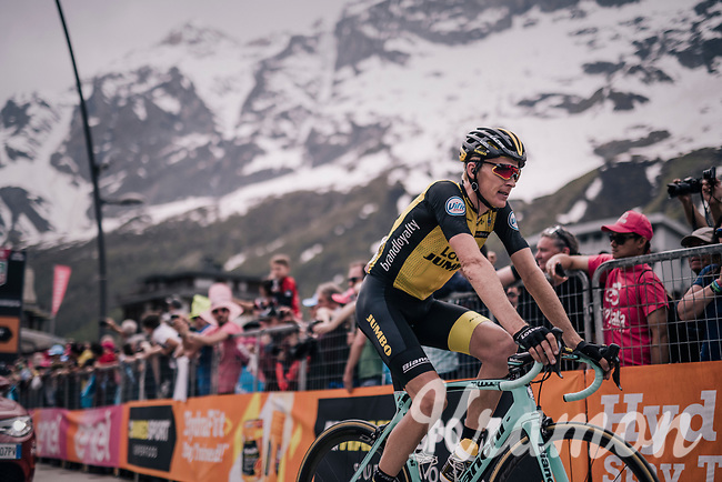 Robert Gesink (NED/LottoNL-Jumbo) is 2nd crossing the finish line<br /> <br /> stage 20: Susa - Cervinia (214km)<br /> 101th Giro d'Italia 2018