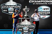 Champion #9 Scott Dixon, Chip Ganassi Racing Honda with Chip Ganassi