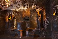 Europe/Voïvodie de Petite-Pologne/Environs de Cracovie/Wieliczka: Mine de Sel Wieliczka inscrite au patrimoine mondial UNESCO - La Chapelle Saint-Antoine , Statues de sel de Saint-Antoine et Saint-Dominique