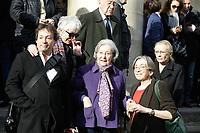 PARIS , EGLISE SAINT PIERRE DU GROS CAILLOU LE 14 / 03 / 2017<br /> OBSEQUES DE PIERRE BOUTEILLER .<br /> PROCHES DE PIERRE BOUTEILLER