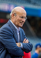 7 October 2016: Los Angeles Dodgers President and CEO Stan Kasten watches batting practice prior to the first game of the NLDS against the Washington Nationals at Nationals Park in Washington, DC. The Dodgers edged out the Nationals 4-3 to take the opening game of their best-of-five series. Kasten was the former President of the Nationals from 2006 to 2010, the Atlanta Braves from 1986 to 2003, and now has a part ownership of the Los Angeles Dodgers. Mandatory Credit: Ed Wolfstein Photo *** RAW (NEF) Image File Available ***