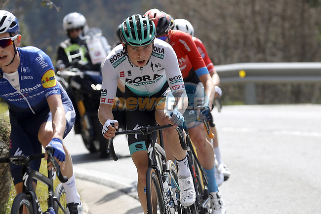 Ide Schelling (NED) Bora-Hansgrohe during Stage 4 of the 100th edition of the Volta Ciclista a Catalunya 2021, running 166.5km from Ripoll to Port Aine, Spain. 25th March 2021.   <br /> Picture: Bora-Hansgrohe/Luis Angel Gomez/BettiniPhoto | Cyclefile<br /> <br /> All photos usage must carry mandatory copyright credit (© Cyclefile | Bora-Hansgrohe/Luis Angel Gomez/BettiniPhoto)