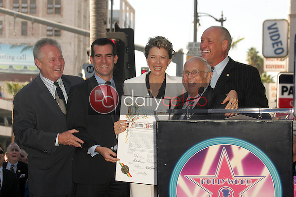 Annette Bening with Johnny Grant and the Los Angeles City Council<br />at the ceremony honoring Annette Bening with the 2,324th Star on the Hollywood Walk of Fame. Hollywood Boulevard, Hollywood, CA. 11-10-06<br />Dave Edwards/DailyCeleb.com 818-249-4998