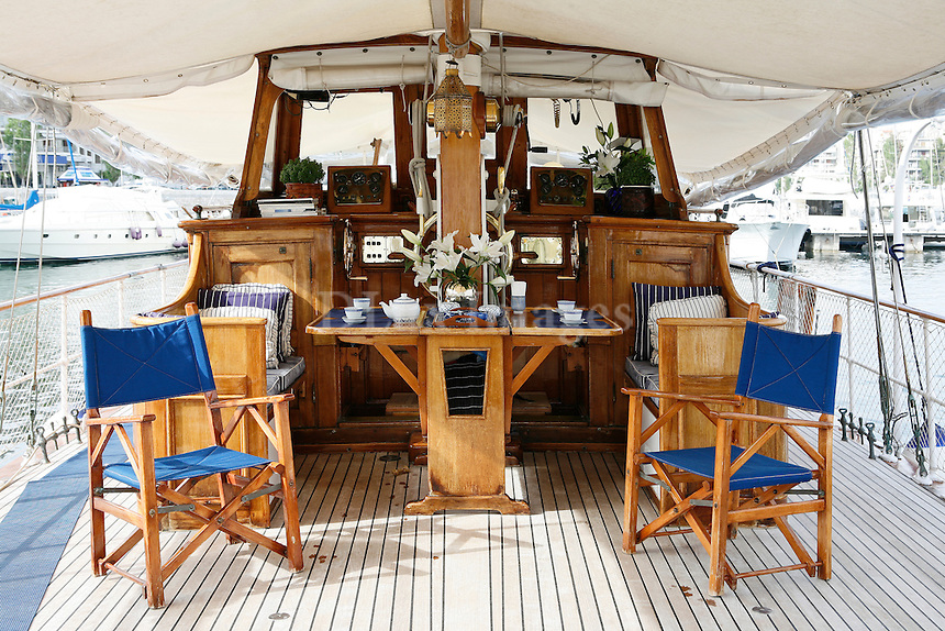 Adventure, motion and life next to nature. Annika Barbarigou uses the yacht , Freedom, as her permanent residence which offers her moments of happiness .