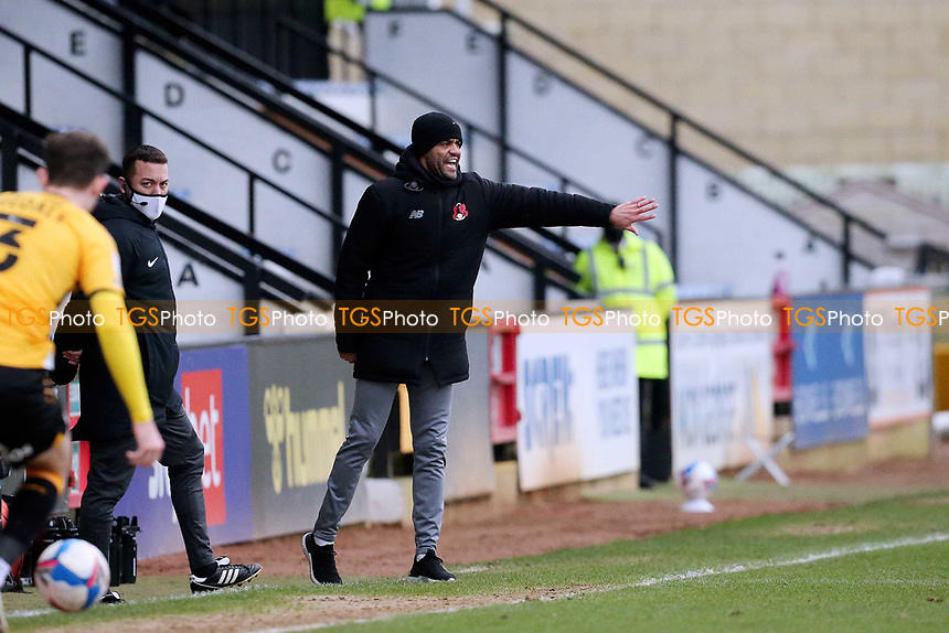 O's Asst coach Danny Sender steps in for manager Ross Embleton who is isolating during Cambridge United vs Leyton Orient, Sky Bet EFL League 2 Football at Abbey Stadium on 26th December 2020