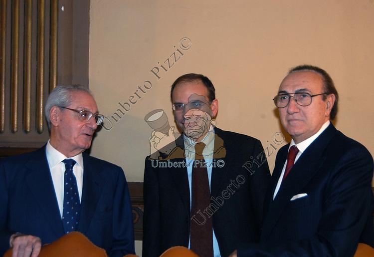 """CESARE ROMITI CON ENRICO LETTA E PIPPO BAUDO<br /> PRESENTAZIONE DEL LIBRO """"NIENT'ALTRO CHE LA VERITA"""" ROMA 2005"""