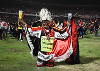 CÚCUTA - COLOMBIA, 26-11-2018:Hincha del Cúcuta Deportivo celebra al ganar el campeonato nacional Torneo Aguila 2018 al vencer al Unión Magdalena ./Fan of Cúcuta Deportivo celebrates by winning the 2018 Aguila National Championship by beating the Magdalena Union.  Photo: VizzorImage / Manuel Hernández / Contribuidor