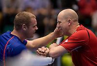 15-12-12, Rotterdam, Tennis Masters 2012, Maikel Scheffers(L) feliciteerd  Ronald Vink met zijn overwining