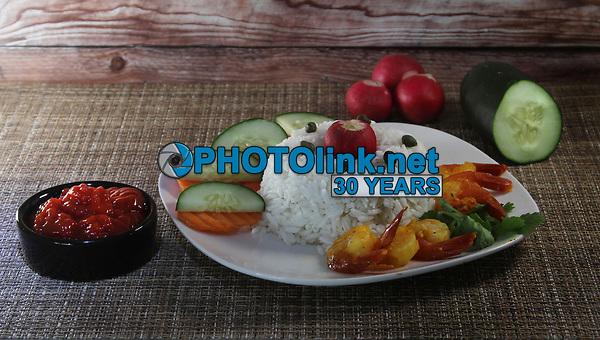 Island Shrimp Rice Salad<br /> Photo By Adam Scull/PHOTOlink.net