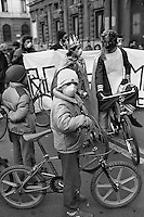 "- demonstration of ""Green"" and environmentalist groups in bicycle against traffic and pollution ....- manifestazione dei gruppi ecologisti e ""verdi"" in bicicletta contro traffico ed inquinamento"