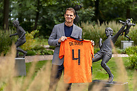 2020 Netherlands Press Conference with new trainer Frank de Boer Sep 25th