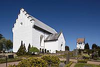 Sankt Povls Kirke (Pauls Kirche) von 1250 in Paulsker auf der Insel Bornholm, Dänemark, Europa<br /> Sankt Povls Kirke (Pauls church (1250) in Paulsker, Isle of Bornholm Denmark