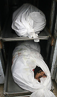 """Body of Emad abu Ahjeyer,  Leader of Alqassam Brigads loyal Hamas movement in Frigdar befor his funeral in the Bureij refugee camp, central Gaza Strip, Thursday, Sept. 21, 2007. Israeli troops operating against rocket squads in Gaza .""""photo by Fday Adwan"""""""