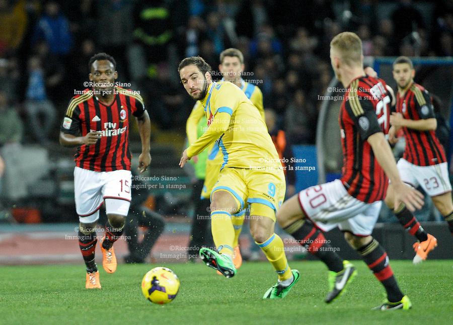 - NAPOLI 8 FEB  -  Stadio San Paolo    Napoli - Milan<br /> NELLA FOTO: Gonzalo Higuain