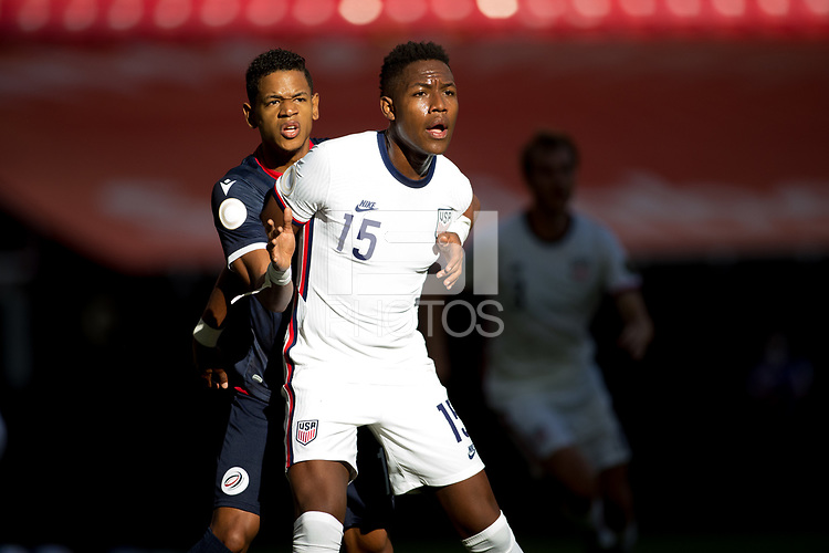ZAPOPAN, MEXICO - MARCH 21: Andres Perea #15 of the United States during a game between Dominican Republic and USMNT U-23 at Estadio Akron on March 21, 2021 in Zapopan, Mexico.