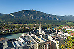 Austria, Tyrol, Rattenberg: view from Castle Hill at Rattenberg town and river Inn | Oesterreich, Tirol, Rattenberg: Blick vom Schlossberg auf Rattenberg am Inn