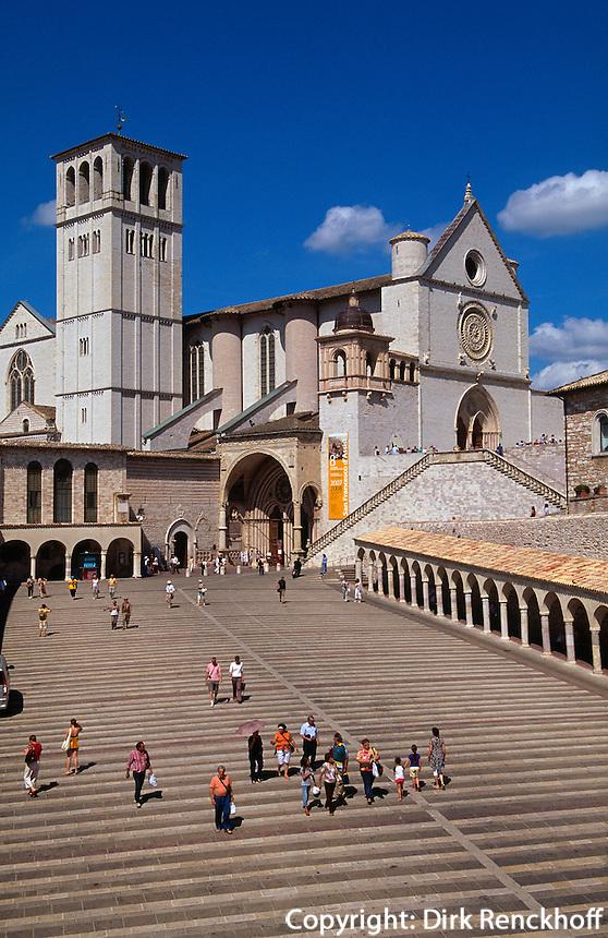 Kirche und Kloster San Francesco in Assisi, Umbrien, Italien , UNESCO-Weltkulturerbe