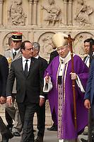 François Hollande, Cardinal Andre Vingt-Trois - Messe en l'hommage du Pretre Jacques Hamel à La Cathedrale De Notre Dame De Paris, 27 juillet 2016
