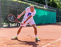 Delft, The Netherlands, Mai 29, 2020,    Tennisvereniging Delftse Hout, 1.5 meter <br /> Photo: Tennisimages/Henk Koster