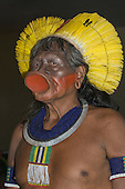 Colider, Mato Grosso State, Brazil. Cacique Raoni; meeting of Kayapo, Panara, Kayabi, Apiaka and Terena Indians with Federal, State and Municipal government representatives to discuss the paving of the BR-163 Santarem to Cuiaba Highway.