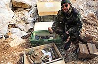 - NATO intervention in Bosnia Herzegovina, mines and explosives recovered by the Italian army sappers near Sarajevo<br /> <br /> - intervento NATO in Bosnia Herzegovina, mine ed esplosivi recuperati dagli artificieri dell'esercito italiano nei dintorni di Sarajevo