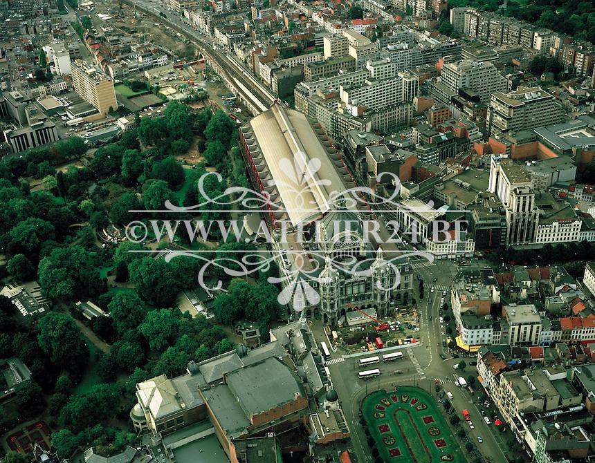 September 1999. Centraal Station en de Zoo in Antwerpen.