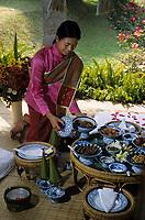 "Asie/Thaïlande/Env de Chiang Mai : Réception à la ""Mae Sa Valley Resort"" - Mlle Tuene Jai"