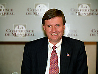 Thimothy J. Muris, Chairman of the Federal Trade Commission, USA<br /> adress the medias after taking part in a forum on International Mergers and Acquisitions, at the 8 th Conference of Montreal, June 28, 2002 in Montreal, CANADA<br /> <br /> <br /> <br /> PHOTO : Agence Quebec Presse