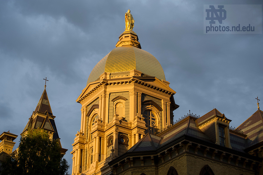 Oct. 27, 2014; Main Building and Golden Dome at sunset. (Photo by Barbara Johnston/University of Notre Dame)
