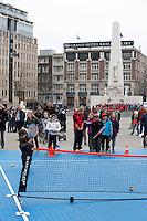 05-04-12, Netherlands, Amsterdam, Tennis, Daviscup, Netherlands-Rumania, Draw, Straattennis op de Dam.