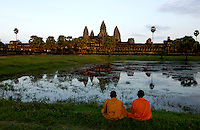 BUDDHIST MONKS AT ANKOR WAT