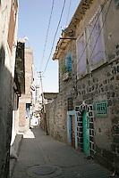 Street in the old quarter, Diyarbakir, southeastern Turkey