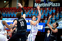 11-02-2021: Basketbal: Donar Groningen v Apollo Amsterdam: Groningen  Donar speler Will Moreton met Apollo speler Weijs