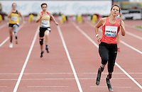 L'olandese Marlou Van Rhijn vince 100 metri donne Paralympics durante il Golden Gala di atletica leggera allo stadio Olimpico di Roma, 31 maggio 2012..Marlou Van Rhijn, of the Netherlands, wins the women's 100 meters Paralympics race during the IAAF athletic Golden Gala meeting at Rome's Olympic stadium, 31 may 2012..UPDATE IMAGES PRESS/Riccardo De Luca