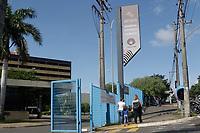 Sumare (SP), 14/01/2021 - Saude - Protesto de mães nesta quinta-feira (14) em frente ao Hospital Estadual de Sumaré, no interior de São Paulo que fechou a enfermaria pediátrica e a ala oftalmológica da unidade hospitalar. A medida é resultado de um corte de verbas de R$ 8,7 milhões/ano promovido pelo governador João Doria (PSDB).