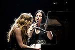 Lzzy Hale (Halestorm) & Amy Lee (Evanescence) - Carnival of Madness 8/30/2012