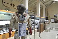 - Viareggio (Toscana), Museo della Marineria e del lavoro subacqueo; equipaggiamenti da palombaro<br /> <br /> - Viareggio (Tuscany), Maritime and underwater work Museum; diving equipments