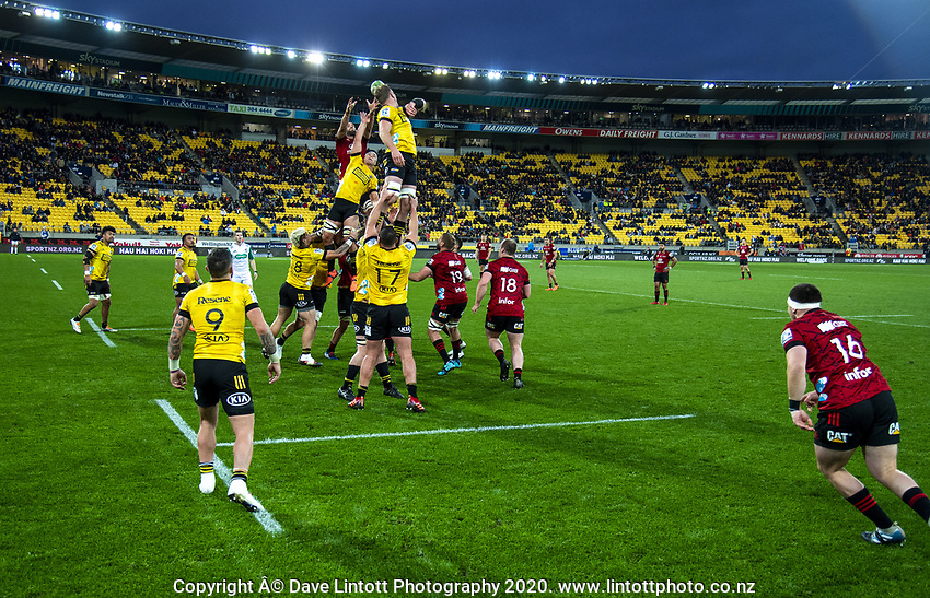 Sam Whitelock takes lineout ball for the Crusaders during the Super Rugby Aotearoa match between the Hurricanes and Crusaders at Sky Stadium in Wellington, New Zealand on Saturday, 21 June 2020. Photo: Dave Lintott / lintottphoto.co.nz