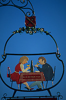 Europe/France/Alsace/68/Haut-Rhin/Eguisheim : Enseigne de restaurant