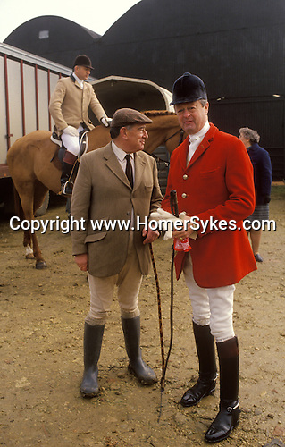 Major Ronnie Wallace and the 11th Duke of Marlborough at a the Meet for the Heythrop fox hunt. England 1990s UK 1991