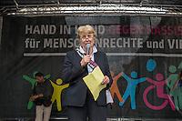 Tausende Menschen beteiligten sich am Sonntag den 19. Juni 2016 in Berlin an einer Menschenkette gegen Rassismus. Die Aktion fand bundesweit am 18. und 19. Juni in verschiedenen Staedten in Deutschland statt.<br /> Im Bild: Prof. Barbara John (Vorstandsvorsitzende Paritaetischer Wohlfahrtsverband Berlin).<br /> 19.6.2016, Berlin<br /> Copyright: Christian-Ditsch.de<br /> [Inhaltsveraendernde Manipulation des Fotos nur nach ausdruecklicher Genehmigung des Fotografen. Vereinbarungen ueber Abtretung von Persoenlichkeitsrechten/Model Release der abgebildeten Person/Personen liegen nicht vor. NO MODEL RELEASE! Nur fuer Redaktionelle Zwecke. Don't publish without copyright Christian-Ditsch.de, Veroeffentlichung nur mit Fotografennennung, sowie gegen Honorar, MwSt. und Beleg. Konto: I N G - D i B a, IBAN DE58500105175400192269, BIC INGDDEFFXXX, Kontakt: post@christian-ditsch.de<br /> Bei der Bearbeitung der Dateiinformationen darf die Urheberkennzeichnung in den EXIF- und  IPTC-Daten nicht entfernt werden, diese sind in digitalen Medien nach §95c UrhG rechtlich geschuetzt. Der Urhebervermerk wird gemaess §13 UrhG verlangt.]