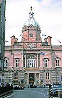 Edinburgh: Bank of Scotland from High St., Old City. Photo '87.