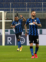 Calcio, Serie A: Inter Milano - Juventus FC , Giuseppe Meazza (San Siro) stadium, in Milan, January 17, 2021.<br /> Inter's Arturo Vidal (l) celebrates after scoring during the Italian Serie A football match between Inter and Juventus at Giuseppe Meazza (San Siro) stadium, January 17,  2021.<br /> UPDATE IMAGES PRESS/Isabella Bonotto