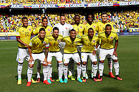 BARRANQUILLA -COLOMBIA, 1-SEPTIEMBRE-2016. Formación del equipo de Colombia antes de su encuentro con Venezuela.Acción de juego  entre Colombia  y   Venezuela durante el  encuentro  por las eliminatorias al mundial de Rusia 2018  disputado en el estadio Metropolitano Roberto Meléndez de Barranquilla./ Team of Colombia against Venezuela. Actions game between Colombia and Venezuela during the qualifying match for the 2018 World Championship in Russia Metropolitano Roberto Melendez stadium in Barranquilla . Photo:VizzorImage / Felipe Caicedo  / Staff