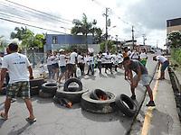 26/05/2021 - MORADORES PROTESTAM CONTRA DESPEJO EM CABO DE SANTO AGOSTINHO