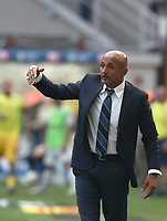 Calcio, Serie A: Inter Milano-Parma, Giuseppe Meazza stadium, September 15, 2018.<br /> Inter's Inter's coach Luciano Spalletti speaks to his players  during the Italian Serie A football match between Inter and Parma at Giuseppe Meazza (San Siro) stadium, September 15, 2018.<br /> UPDATE IMAGES PRESS/Isabella Bonotto