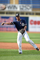 Lake County Captains second baseman Claudio Bautista (10) during practice before a game against the Fort Wayne TinCaps on August 21, 2014 at Classic Park in Eastlake, Ohio.  Lake County defeated Fort Wayne 7-8.  (Mike Janes/Four Seam Images)