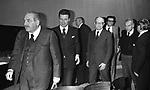 INCONTRO CON IL POETA EVTUSHENKO A ROMA 1977  -  PAOLO GRASSI, CARLO GIULIO ARGAN E RENATO GUTTUSO