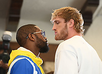 MIAMI BEACH, FL - JUNE 03: Floyd Mayweather and Logan Paul face off during media availability ahead of their June 6th exhibition boxing match at Villa Casa Casuarina at the former Versace Mansion on June 03, 2021 in Miami Beach Florida. <br /> CAP/MPI04<br /> ©MPI04/Capital Pictures