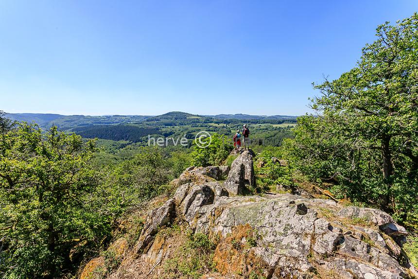France, Yonne, Regional Natural Park of Morvan, Quarre les Tombes, Rocher de la Perouse in the Duc Forest // France, Yonne (89), Parc naturel régional du Morvan, Quarré-les-Tombes, rocher de la Pérouse dans le forêt au Duc